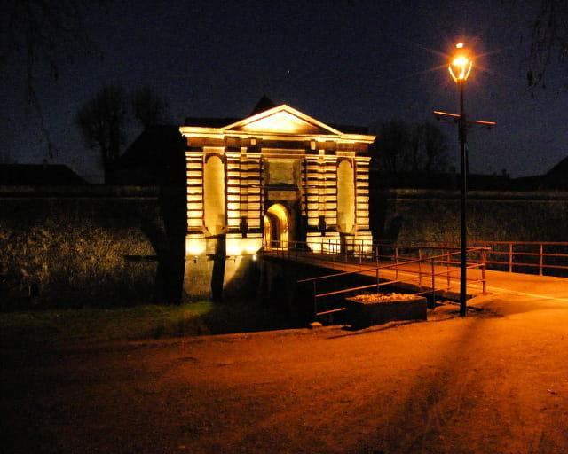 Porte de Colmar de nuit