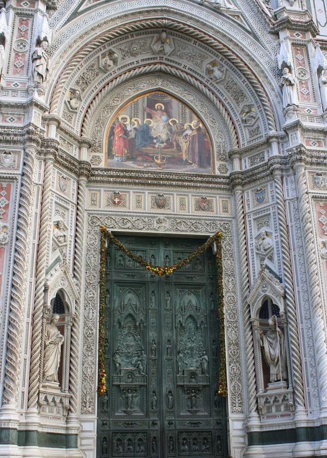 Porte de la cathédrale de Santa Maria Del Fiore