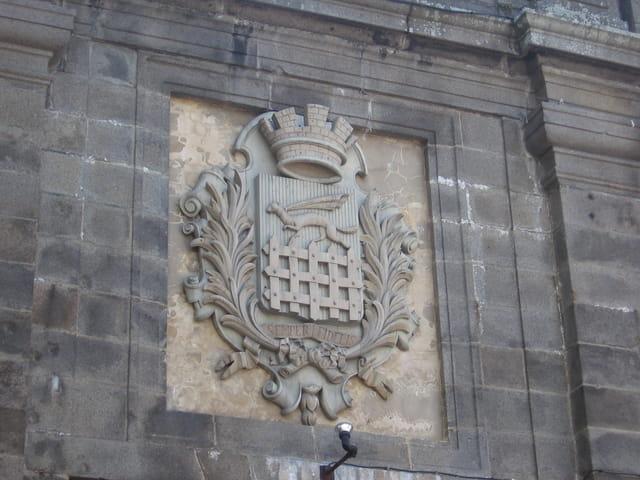 Porte de Saint Malo, Blason, Hermine