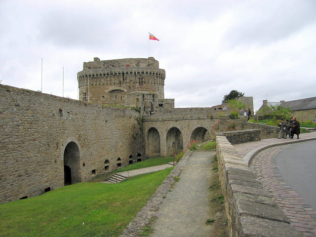 Porte du Guichet (2)