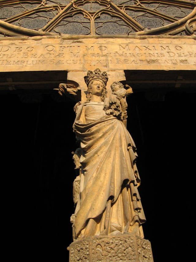 Portique de la cathédrale de Reims