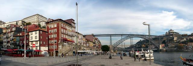 Porto: vieille ville sur le Douro