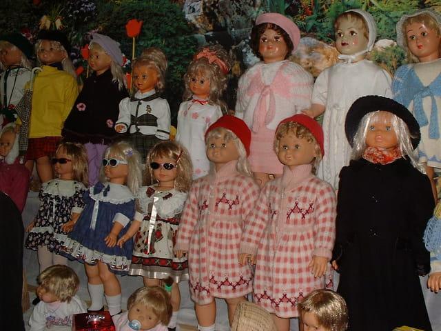 poupées jumelles