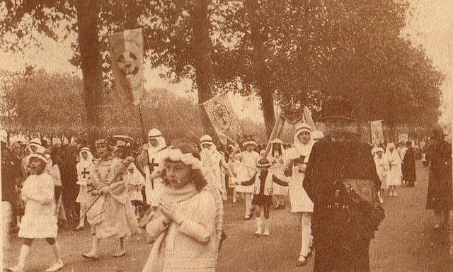 Procession du grand sacre (12)