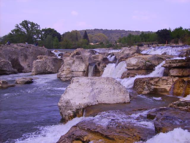 Promenade à la Roque sur Cèze et les cascades du Sautadet