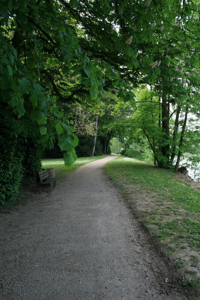 Promenade au bord de l'Oise