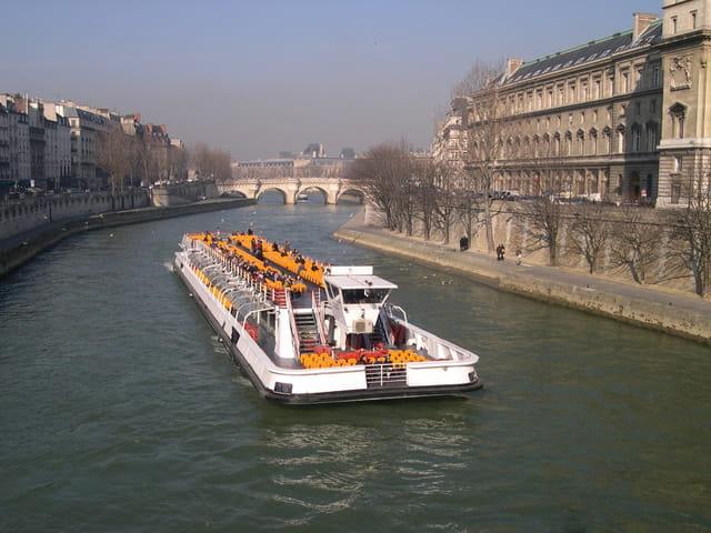 Promenade sur la Seine