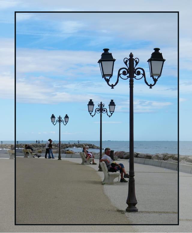 Promenade sur le front de mer