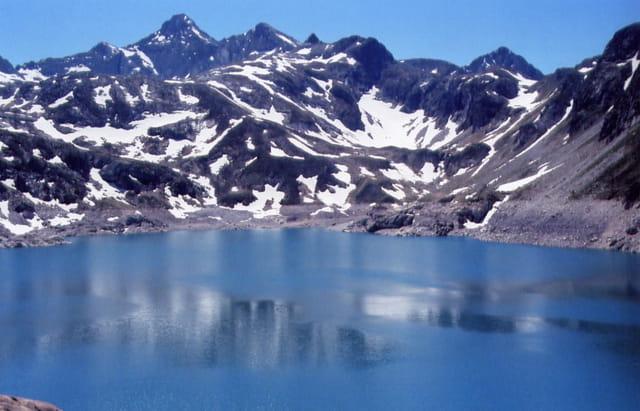 Reflet au lac d'artouste