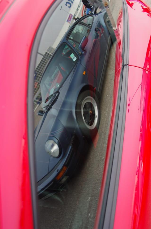 Reflet d'une Porsche