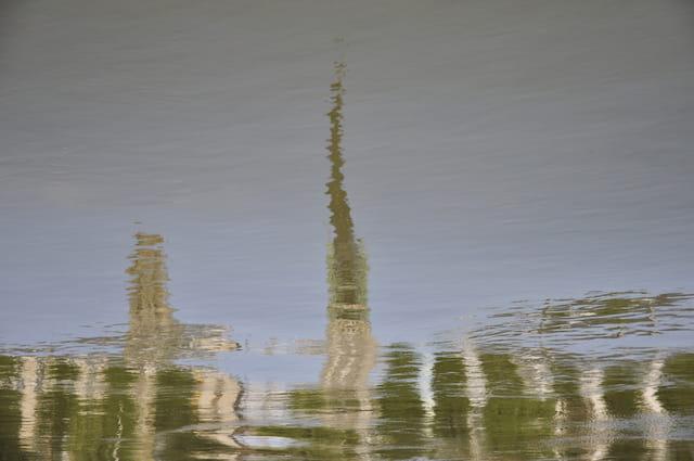 Reflet de la Cathédrale sur la seine