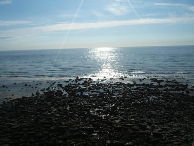 Reflet du soleil sur la plage