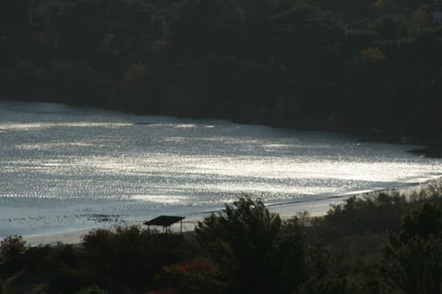 Reflet sur l'étang de Berre