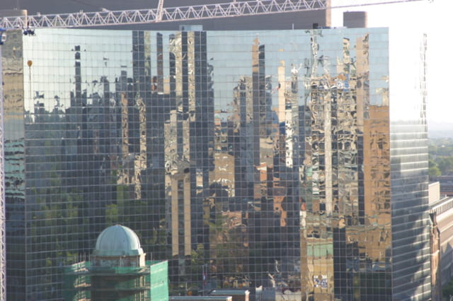 Reflets gratte-ciels