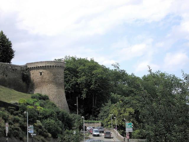 Rempart de la ville (2)