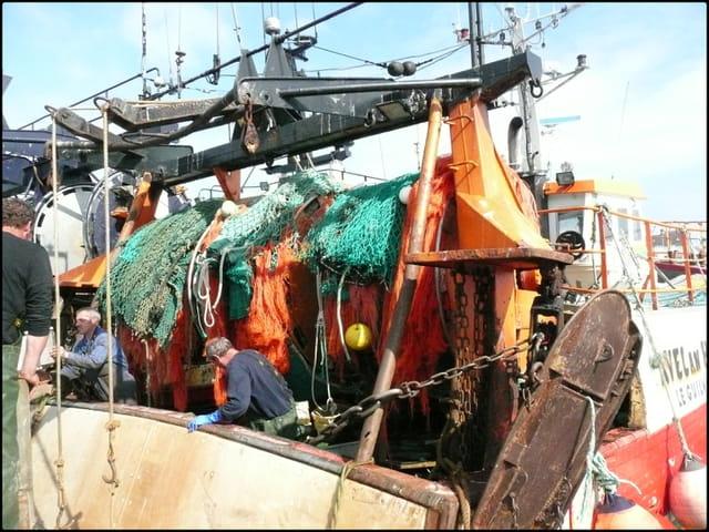 Retour de pêche des chalutiers du Guilvinec