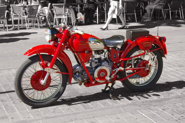 Retro Moto