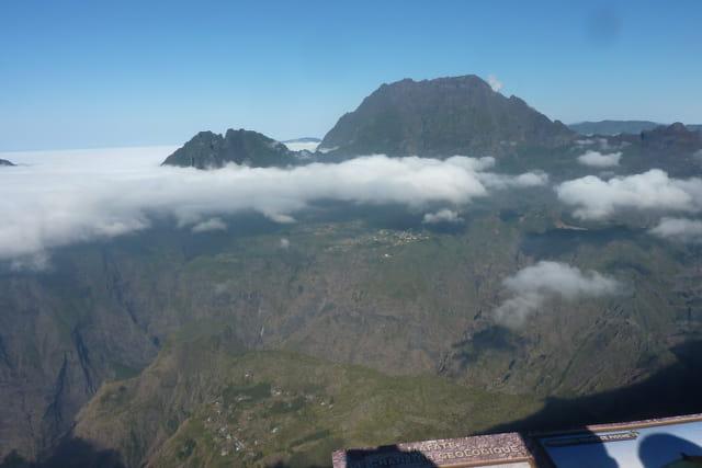 Réunion: Le cirque de Mafate et le Piton des Neiges