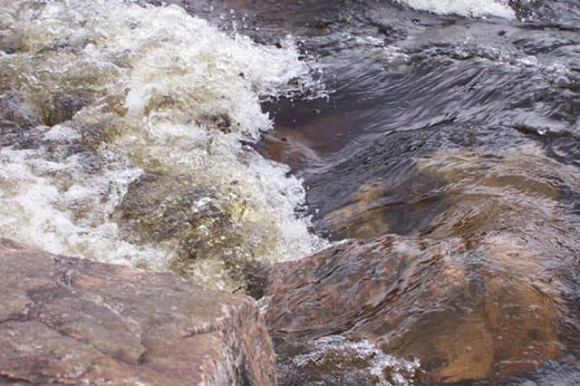 Rivière bouillonnante