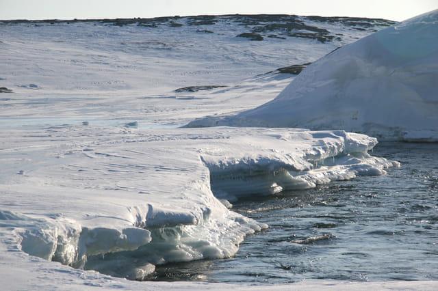 Rivière inuksuak : fonte des glaces