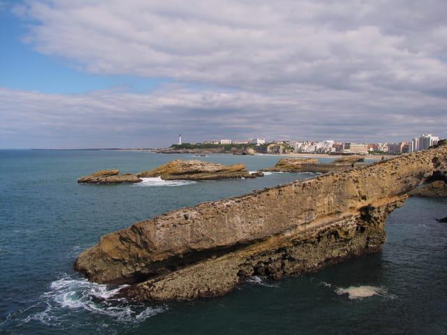 Rochers de la baie de Biarritz
