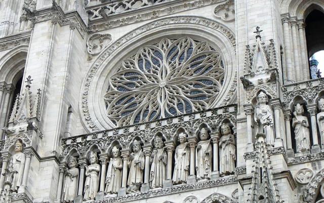 Rosace extérieure de la cathédrale d'Amiens