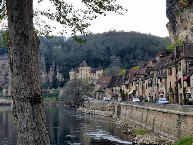 Route en Dordogne