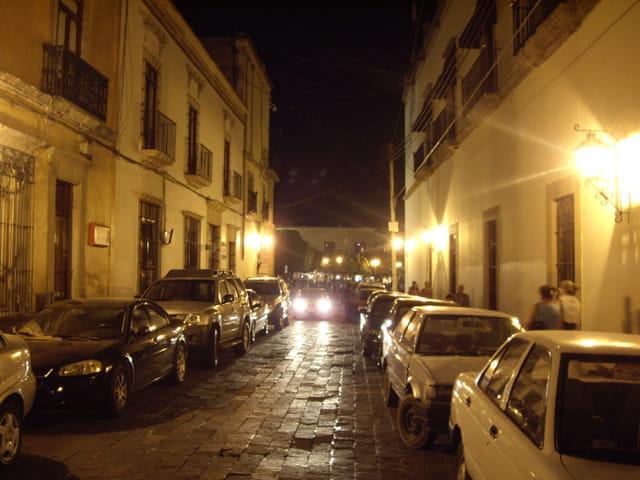 Rue de Queretaro la nuit