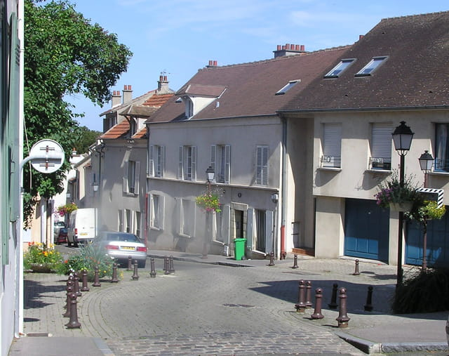 Rue de Saint-Germain, au Pecq
