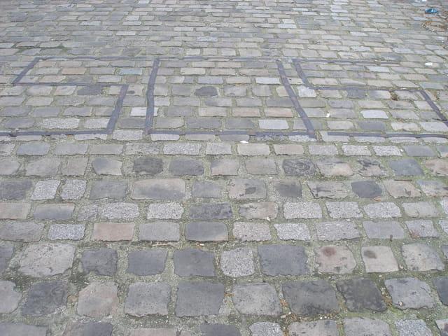 Rue des Frigos