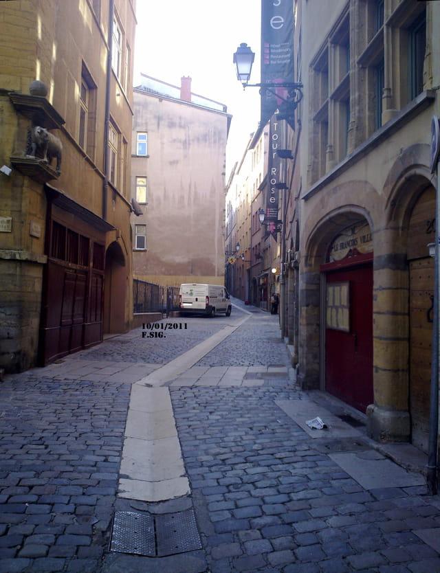 Rue du Boeuf (Vieux Lyon).