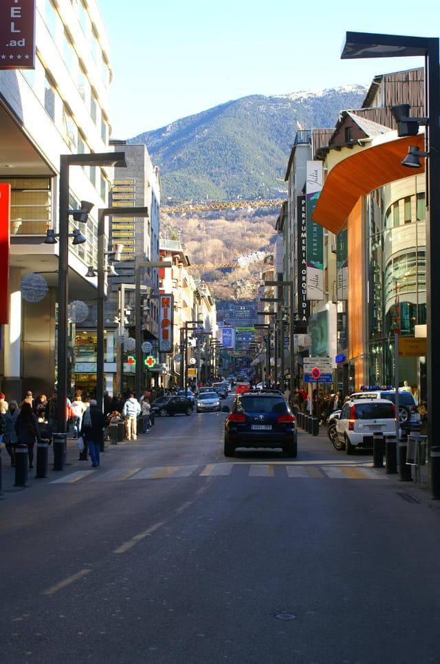 Rue principale andorre la vieille