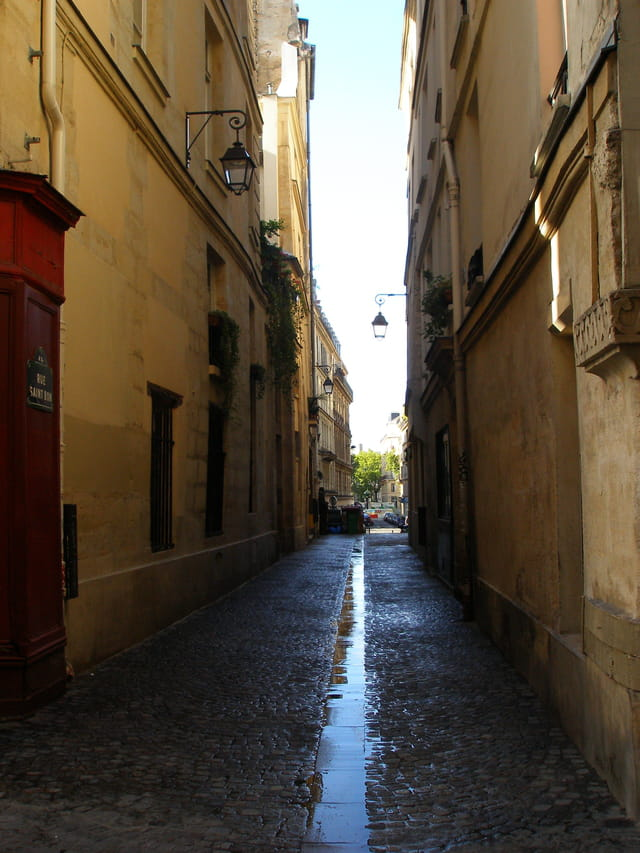 Rue Saint Bon