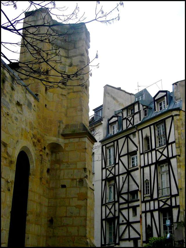 Rue Saint-Julien-le-Pauvre