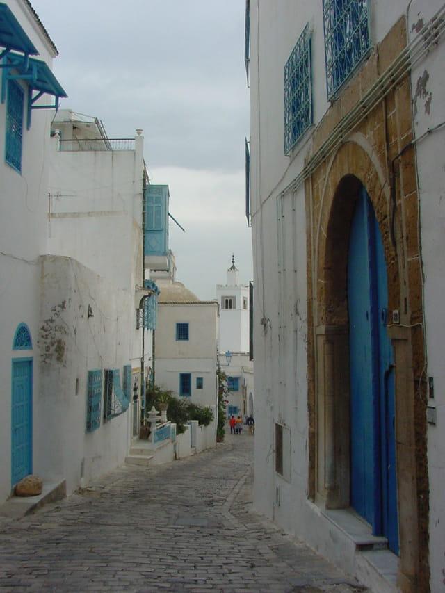 Ruelle et mosquée