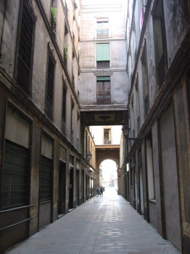 Ruelles dans le vieux barcelonne