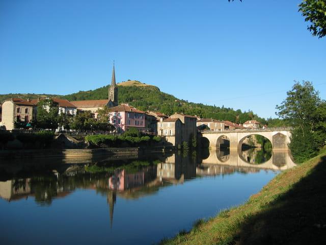 Saint Antonin-noble-val
