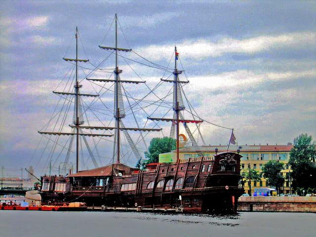 Saint Petersbourg, bateau restaurant