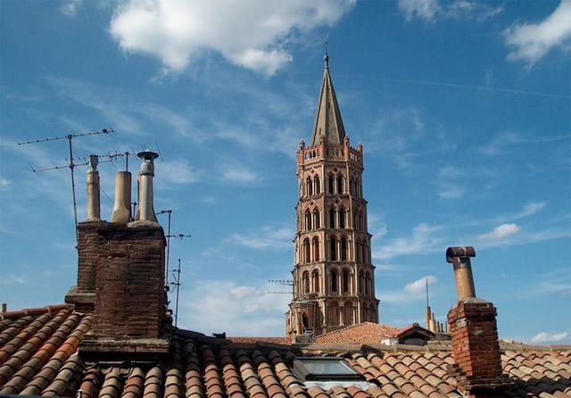 Saint sernin sur les toits