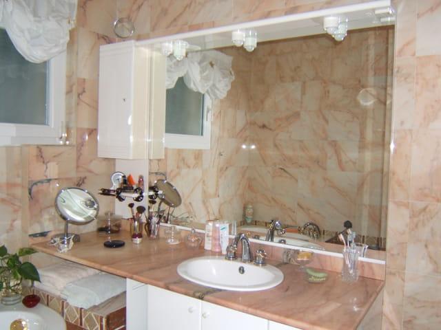 Salle de bains par patricia romano sur l 39 internaute - Photo de salle de bain de luxe ...