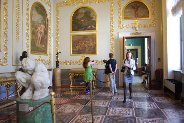 salle des fresques de l'école de Raphaël ou salle Michel Ange
