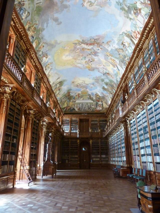 Salle théologique (blbliothèque) du monastère de Strahov