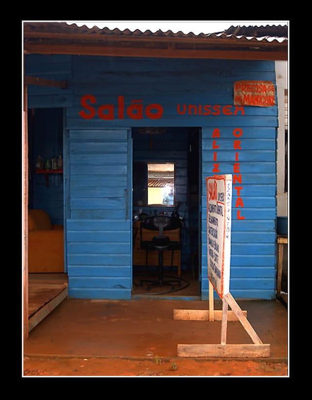 Salon de coiffure brésilien