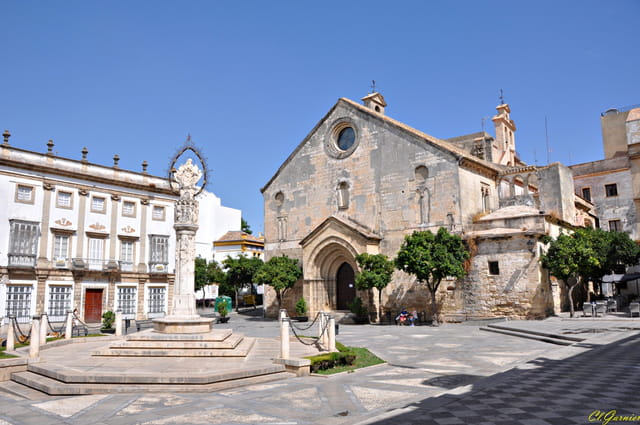 San Dionisio - Place de l'Asuncion