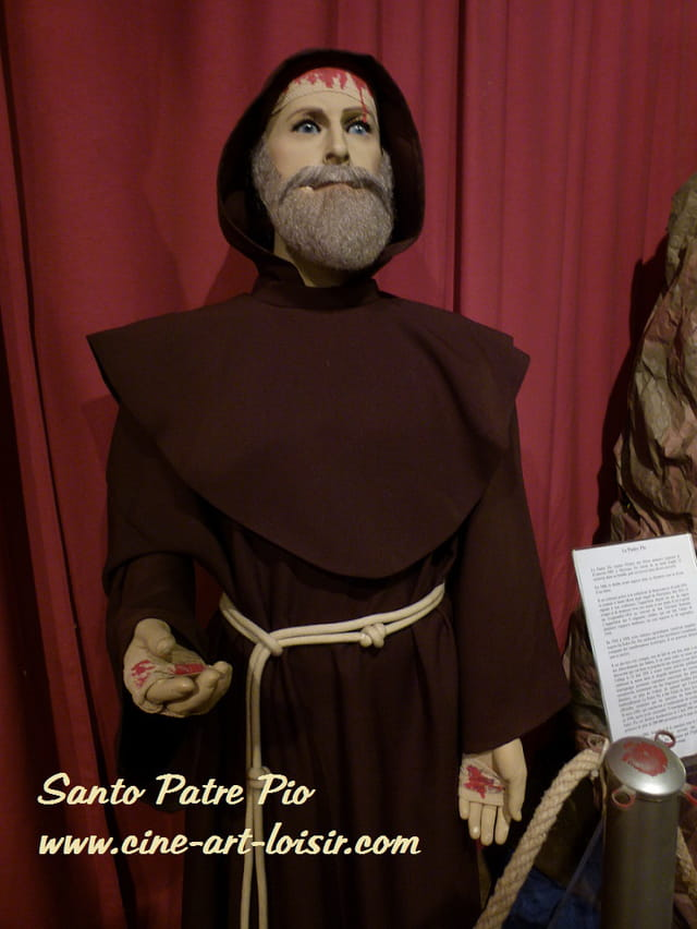Santo Patre Pio  de Pietrelcina  expo 2011 by JC Guerguy