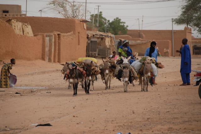 Scéne de rue à Agadez