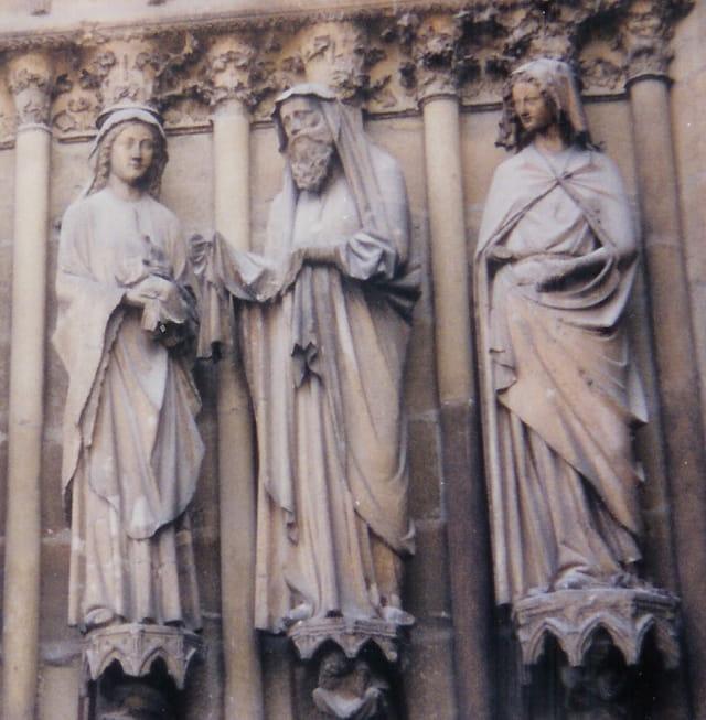 Sculptures un homme deux femmes