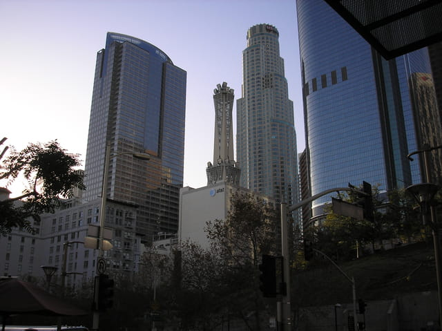 Skyline downtown los  angeles
