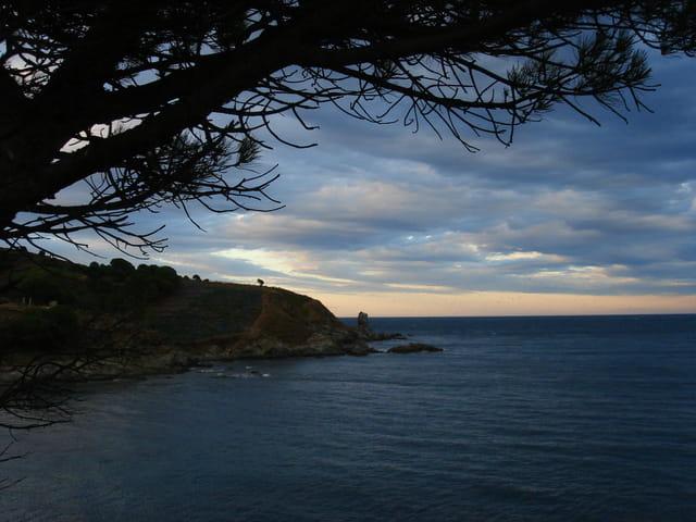 Soir d'orage sur la Méditerranée