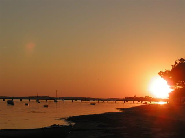 Soleil couchant sur la jetée